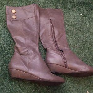 Gray Mossimo Knee High Boots sz 8!!